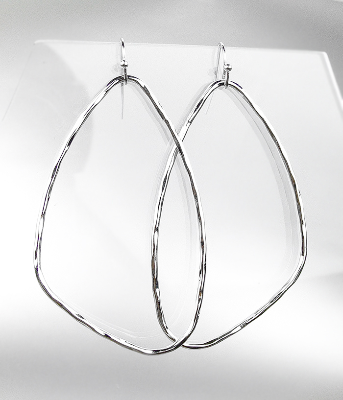 Primary image for CHIC Lightweight Urban Artisanal Silver Organic Geometric Oval Dangle Earrings