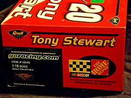 Revell #20 Tony Stewart Collector's ClubAA19-NC8073 Adult Collectible in box image 5