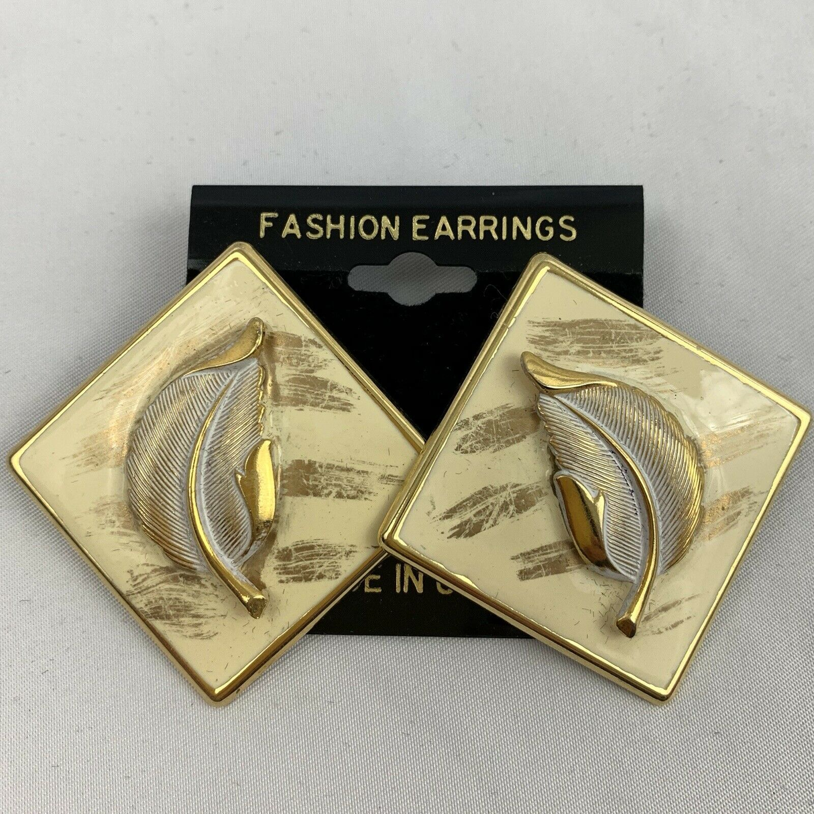 Primary image for Vintage Big Enamel Feather Earrings NOS 80s 90s Cream Gold Tone Diamond Shape