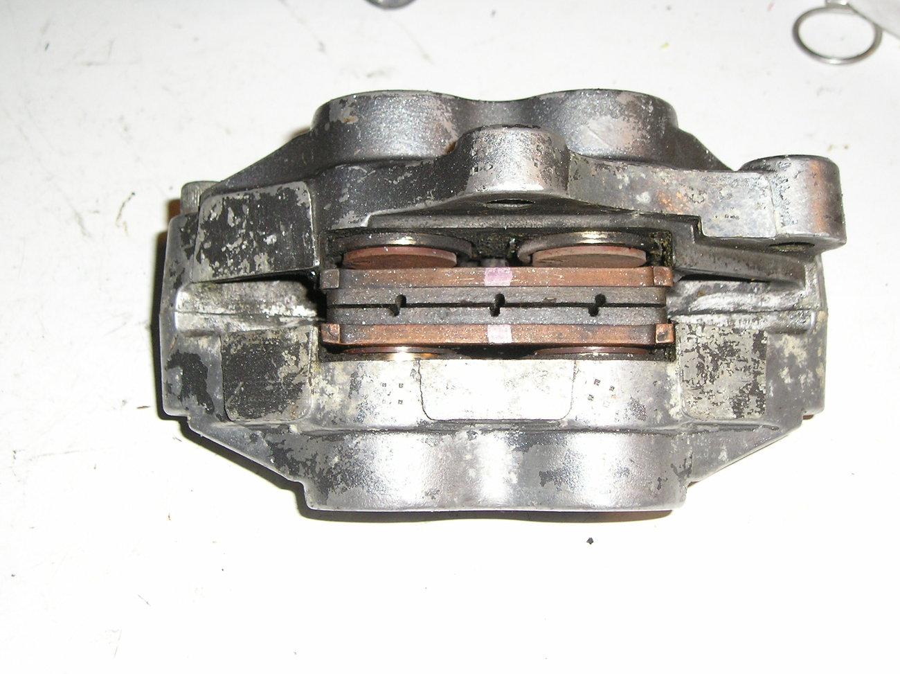 Kawasaki ZX750L '93-'95 rt front brake caliper