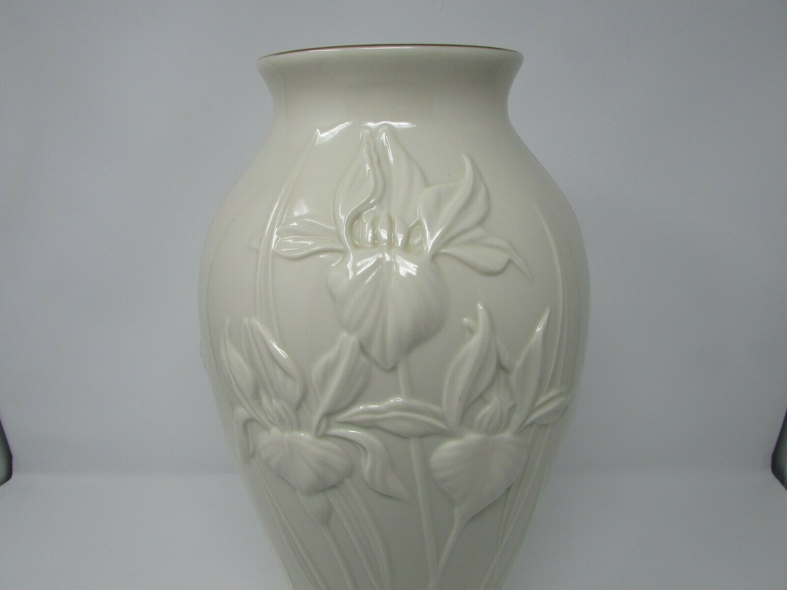 "LENOX BONE CHINA FLORAL VASE IRIS PATTERN 14-3/4""H GOLD RIMMED IVORY EMBOSSED"