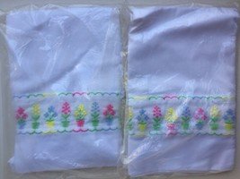 """2 New Vintage Colorful Floral Embroidered Curtain 30"""" Panel Tier Flower Pots - $20.00"""