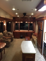 2010 New Horizons MAJESTIC 102-F39RETSS For Sale In Fillmore, IN 46128 image 3