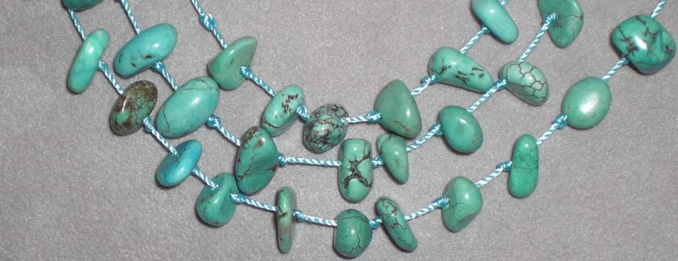 AMAZING TURQUOISE NECKLACE W ITH EARRINGS*L@@K*