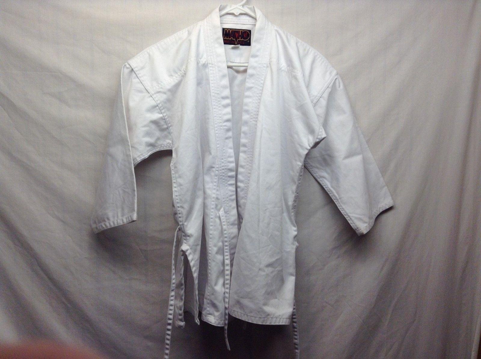 Macho Martial Arts White Coat Sz 2/160