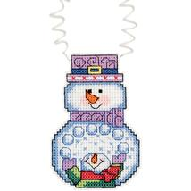 Holiday Wizzers Snowman with Snowballs Kit christmas cross stitch Janlynn - $3.60