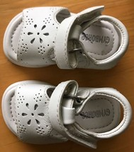 BABY Girl White LEATHER SANDALS T-STRAP Hook&Loop Strap 1 3-6 mo NEW GYM... - $19.24