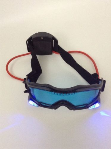 Wild Planet Spy Gear Night Vision Goggles SVG-3 2007 Blue Light Up w/ Batteries