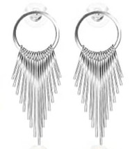 Boucles d'oreilles design en alliage - $32.00