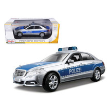 2010 Mercedes E Class German Police 1/18 Diecast Model Car by Maisto 36192 - $50.46