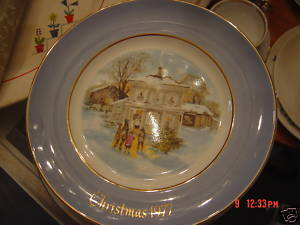 Christmas Plate Avon 1977 Enoch Wedgewood England 5thEd