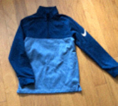 Youth Nike golf pullover  - $25.00