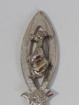 Collector Souvenir Spoon Canada Alberta Jasper 3D Figural - $8.99