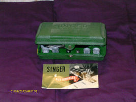 Vintage 1940's Singer Sewing Buttonholer Attachment in Box 160506 w/ Tem... - $24.99