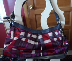 Liz Claiborne gray and burgundy shoulder bag - $16.50