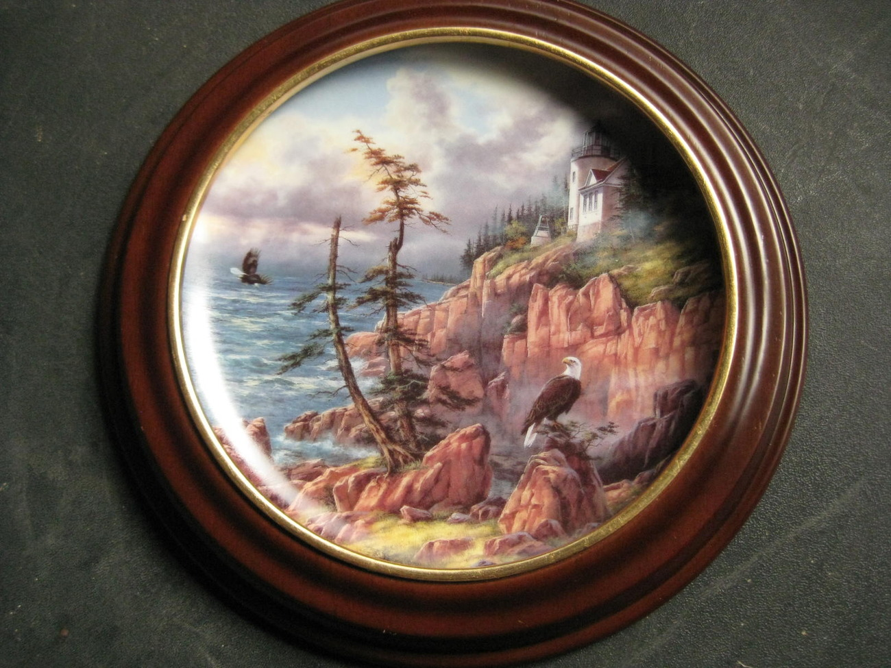 Framed Plate-Vigilant Beacon from God Bless America Series-Danbury Mint image 2