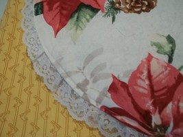 4 Placemats CHRISTMAS  FLOWERS  AN LACE 4 QULTED  PLACEMATS  FLOWERS AN ... - $14.84