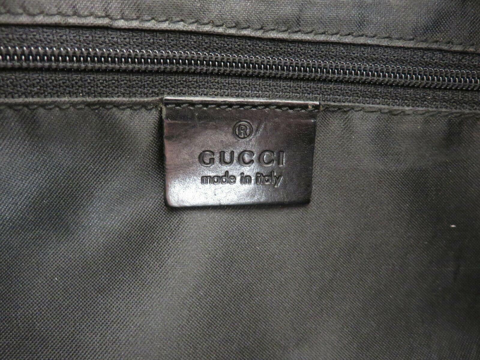 Authentic GUCCI Black Original GG Nylon Leather Shoulder Bag Purse