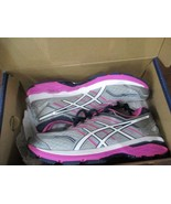 BNIB ASICS GT-2000 5 womens running shoes, Grey/white/pink, T757N - $65.00