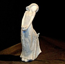 Young Girl holding a ButterflyFigurine Gracious Journey AA18 – 1147 image 2