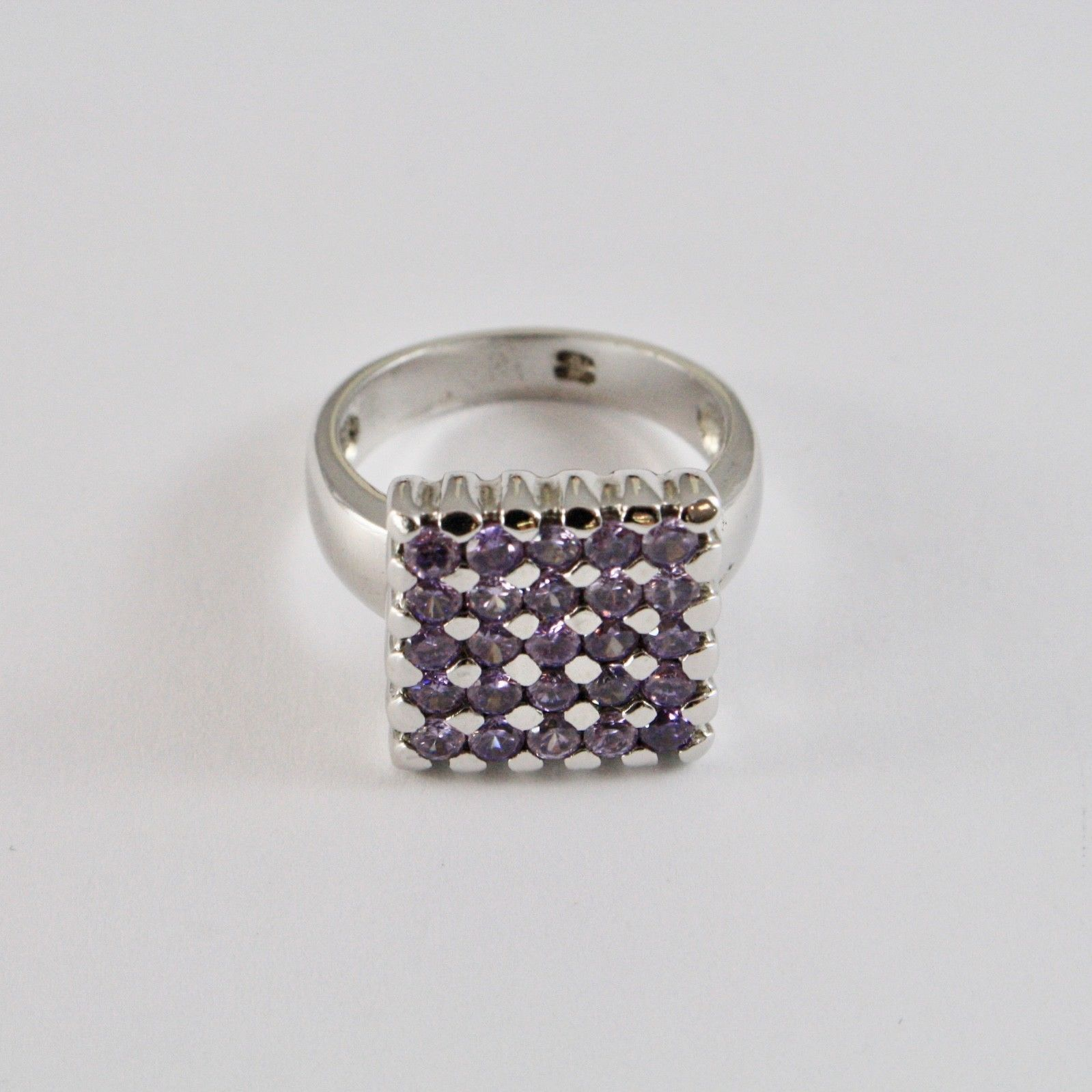 925 SILVER RING RHODIUM WITH SQUARE WITH CRYSTALS PURPLE CUT ROUND