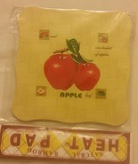 """1 Natural Bamboo Heat Pad, Kitchen Decor, Apples, square, approx. 7"""" x 7"""" - $7.91"""