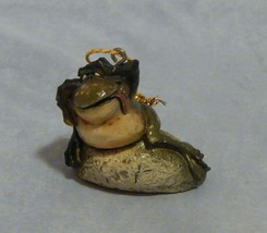 John Raya Toad Frog on Rock Ornament - $8.91