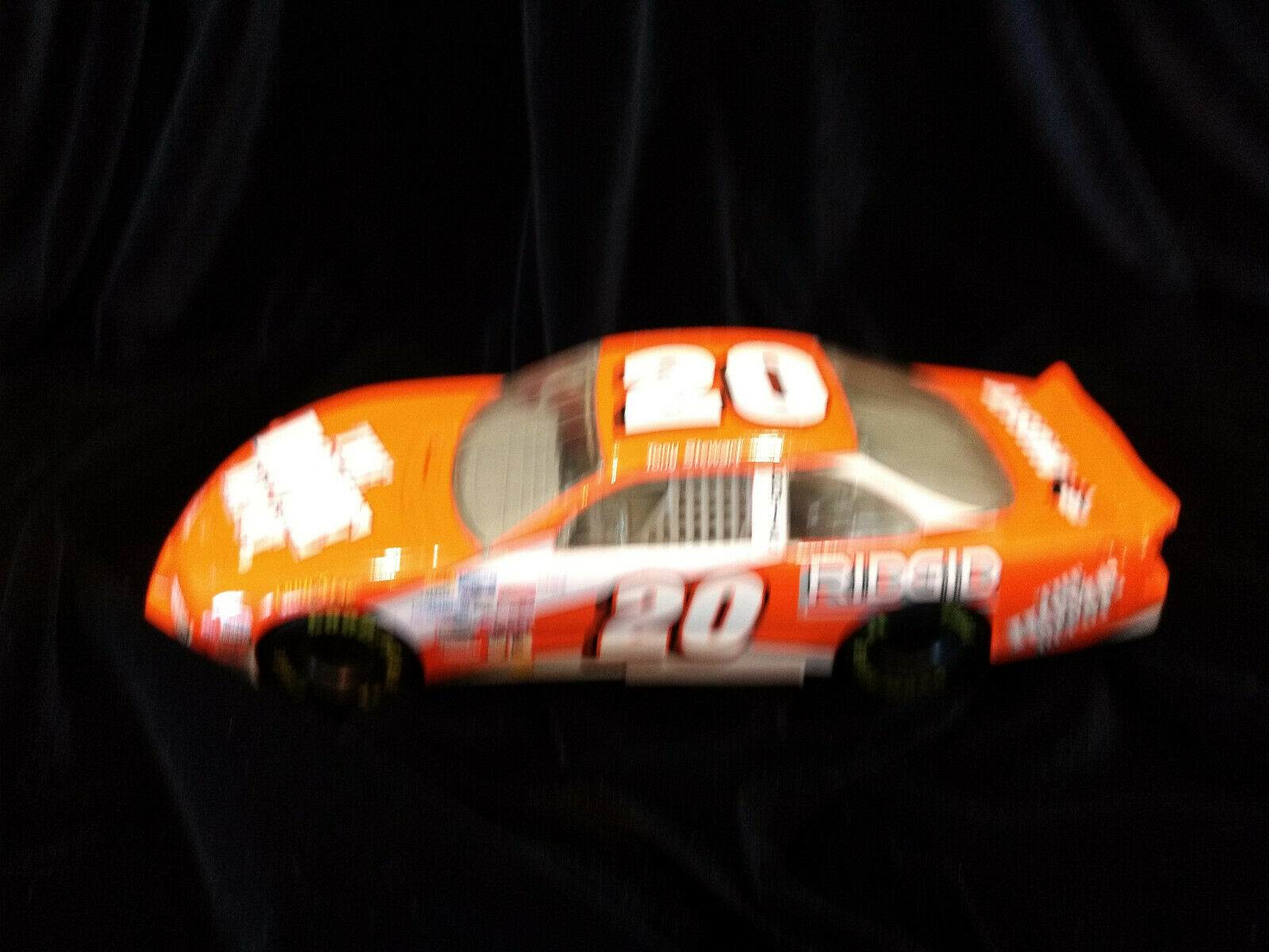 1999 TONY STEWART NASCAR HOME DEPOT 20 ACTION AP 1:24 SCALE DIECAST CAR