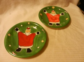 Pair of Festive Santa Christmas Salad Plates from Gibson Red & Green 8.2... - $33.41