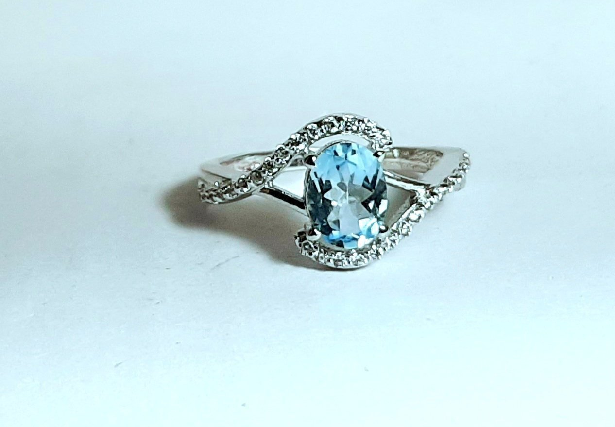 925 Sterling Silver Natural Aquamarine And Cz Gemstone Artistic Design Handmade