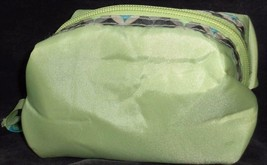 Cute Small Size Padded Polyester Make-Up Bag - BRAND NEW WOT - PRETTY GREEN - $7.91