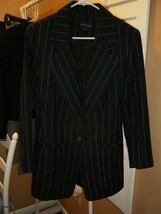 ANNE KLEIN BLACK JACKET WITH WHITE PINSTRIPES SIZE 6 LONG JACKET NICE - $22.49