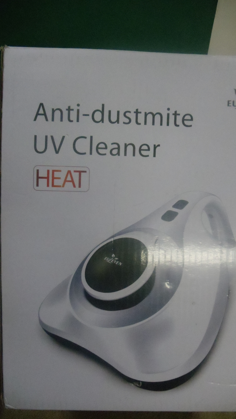 Vacuum Cleaner- Anti-dustmite UV Handheld / Euleven SYJ-3005E  - $40.00