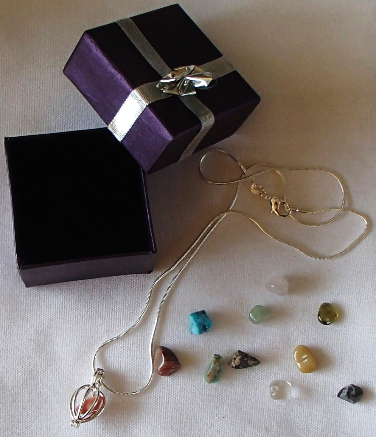 Primary image for New Wire Cage Pendant 11 Interchangeable Gemstones .925 Silver Chain Gift Box