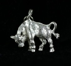 """Vintage .925 Sterling Silver 5.4g """" TAURUS """" Detailed Bull Zodiac Sign P... - $14.93"""