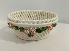 "Lattice Woven Ceramic Capodimonte Floral 5 1/2"" Basket Italy - $24.70"
