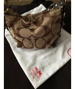 Authentic Coach Carly Jacquard Hobo puse  10619. - $60.00