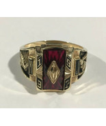10k Yellow Gold Basketball 1997 School Ring With Ruby Stone - $522.40
