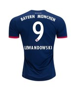 Munchen away  9 lewandowski1 thumbtall
