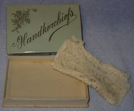 Ladies Vintage Handkerchief Box with Fancy Hanky