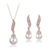 VALENTINES LOVE ROMANTIC GIFT 18K Gold Plated Stones Accented White Pearl - $58.98