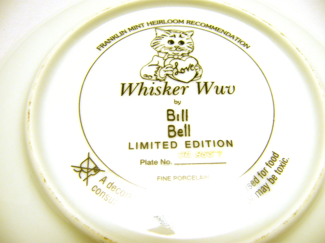 Whisker Wuv - Valentine Love Cat Plate Porcelain