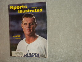 Don Drysdale LA Dodgers Sports Illustrated Aug 1962 Men's Fashion, Chess... - $6.99