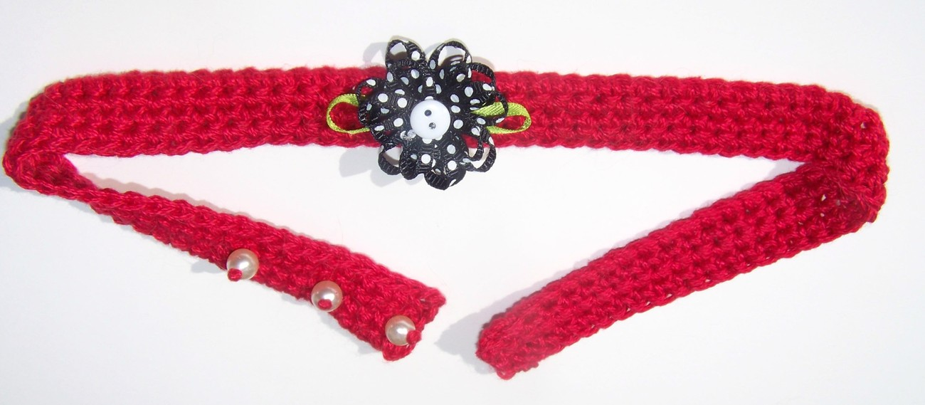 Handmade crochet red and black flower choker necklace w for Red black and green jewelry