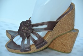 NEW Clarks Artisan Womens Sz 7.5 M Brown Leather Flower Wedge Strappy Sa... - $39.59