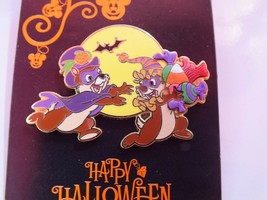 Disney Pin,Trick or Treat - Chip 'n' Dale Running with Candy, Halloween - $14.85