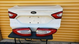 2013-16 Ford Fusion Trunk Lid & Tail Lights L&R w/o Camera