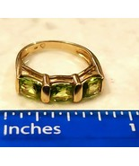 Vintage Ring 10K Yellow Gold TRIO of Peridot Semi Precious Stones Small ... - $185.25