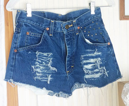 Lee Women's Shorts Size 10 Distressed Denim Cut Offs Metal Studded Pocket - $9.49