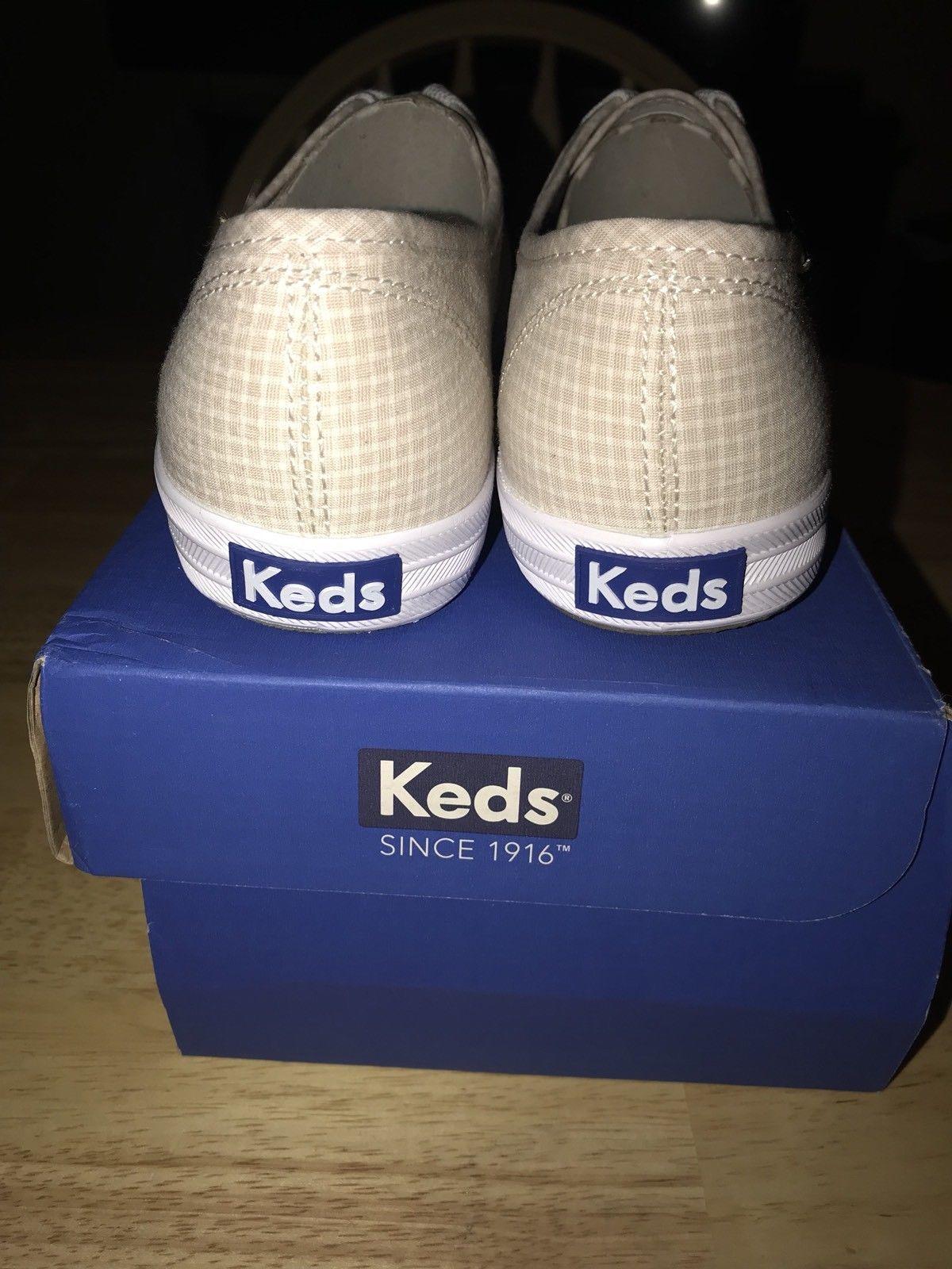 Keds Women's Champion Seersucker Tan Fashion Sneaker  8.5 M US